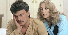 Placido e Barbara Bouchet in Sabato, domenica e venerdì (1979)