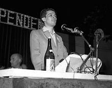 Berlinguer parla a un comizio di Togliatti a Torino nel 1952