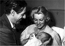 Dario Fo e Franca Rame alla nascita del loro figlio Jacopo Fo (1955)