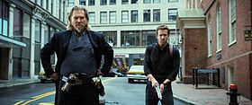 Jeff Bridges e Ryan Reynolds in R.I.P.D..jpg