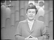 Un trentacinquenne Paolo Villaggio esordisce nel programma Quelli della domenica (1968)