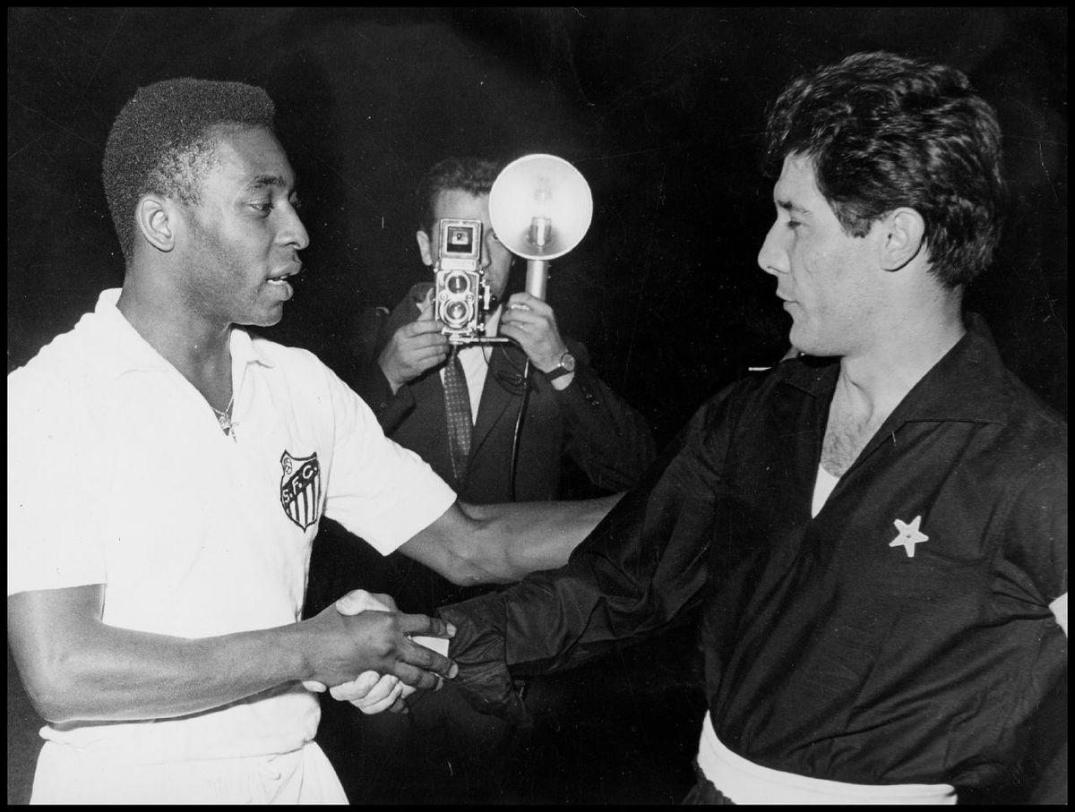 Pelé e Omar Sívori - Torino, 26 giugno 1963
