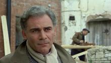 Un fotogramma del film Cristo si è fermato a Eboli, con l'attore Gian Maria Volonté