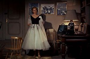 Grace Kelly Rear Window Dress.jpg