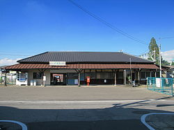 Kizaki Station Entrance 1.JPG