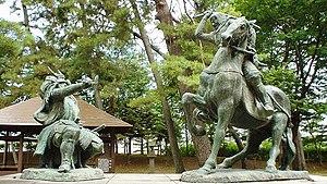 Kawanakajima Takeda Shingen vs Uesugi Kenshin statue.jpg