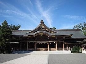 寒川神社 拝殿.JPG