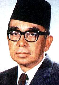 Tun Abdul Razak adalah salah satu pendiri ASEAN dari Malaysia