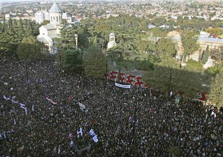 Tbilisi Protests 021107 (aerial).jpg&filetimestamp=20071105220512&