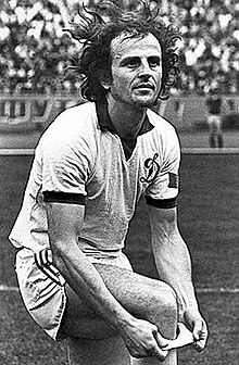 Manuchar Machaidze (born 25 March 1949) FC Dinamo Tbilisi Midfielder (1968–1980).jpg