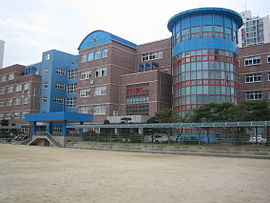 Jeongpyung middle school 2.JPG
