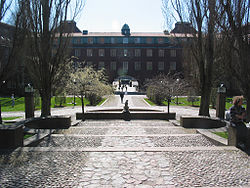 Kth main campus courtyard.jpg