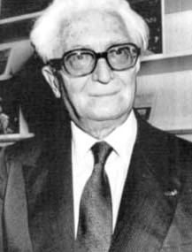 https://upload.wikimedia.org/wikipedia/lt/d/d2/FernandBraudel.JPG