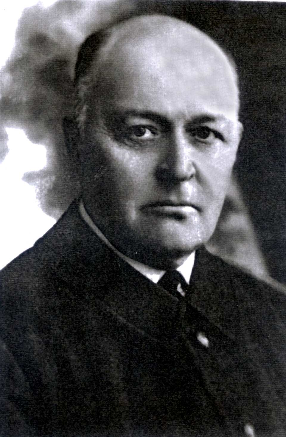 https://upload.wikimedia.org/wikipedia/lt/d/d7/ZubovasVladimir.jpg