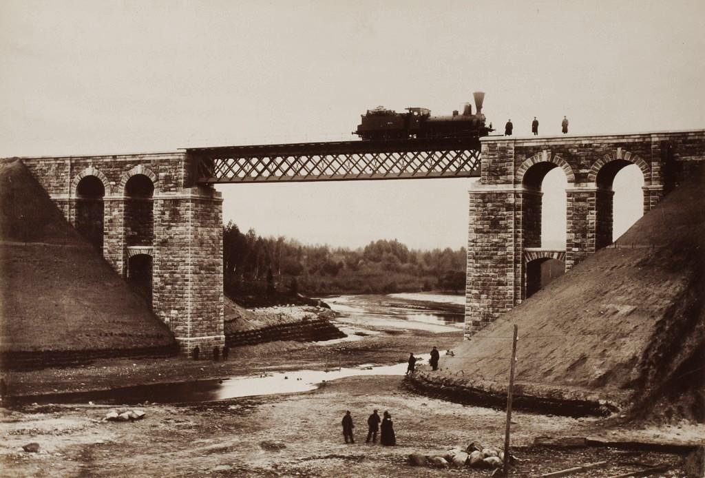 Dzelzceļā tilts pār Amatu