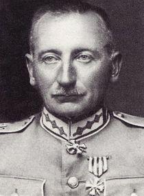https://upload.wikimedia.org/wikipedia/lv/thumb/e/e3/Peteris_Radzins.jpg/210px-Peteris_Radzins.jpg