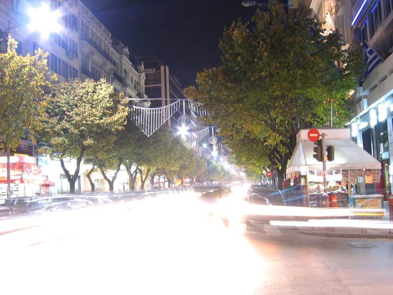 Слика:Tsimiski Street Thessaloniki.jpg