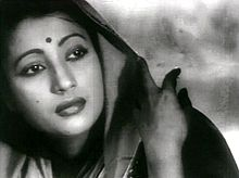 Suchitra Sen as Paro in Bimpal Roy's, Devdas (1955).jpg