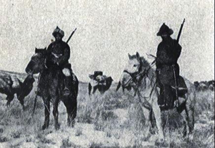 Файл:Mongolian soldiers1.jpg
