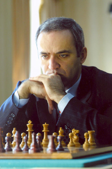 Garry Kasparov - New York 2003 .png
