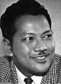 http://upload.wikimedia.org/wikipedia/ms/3/31/P.ramlee.jpg