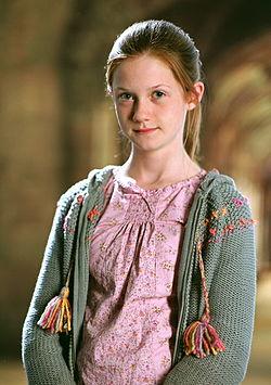 http://upload.wikimedia.org/wikipedia/ms/thumb/3/3e/422px-Ginny_Weasley_GOF.jpg/250px-422px-Ginny_Weasley_GOF.jpg