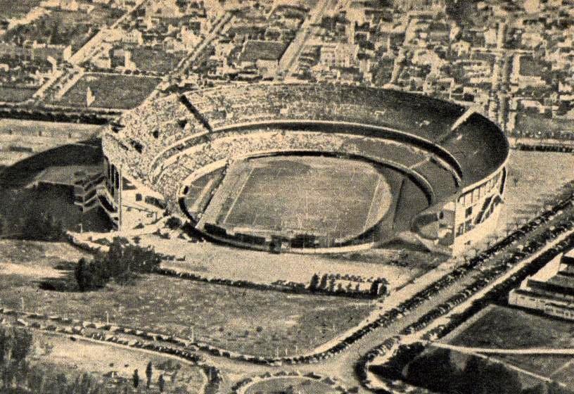 [Imagen: Estadio_Monumental_herradura.jpg]