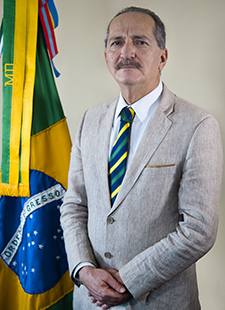 66812b7f4d Ficheiro Aldo Rebelo (foto oficial de Ministro da Defesa).jpg ...
