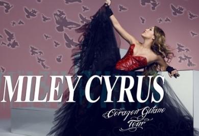 Ficheiro:Miley Cyrus Corazón Gitano Tour.jpg