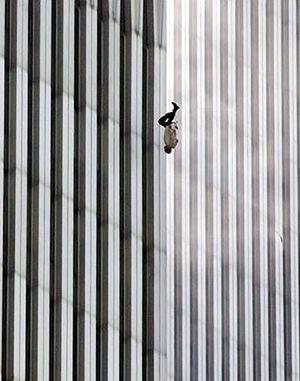 Resultado de imagem para the falling man 9 11