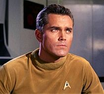 Jeffrey Hunter como Capitão Christopher Pike