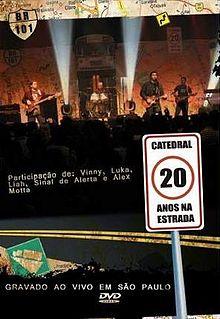 o dvd de catedral 20 anos na estrada