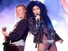 """O videoclipe de """"If I Could Turn Back Time"""" (1989) foi proibido em alguns canais musicais de televisão como a MTV"""