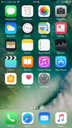 IOS 10.0 beta home screen.png