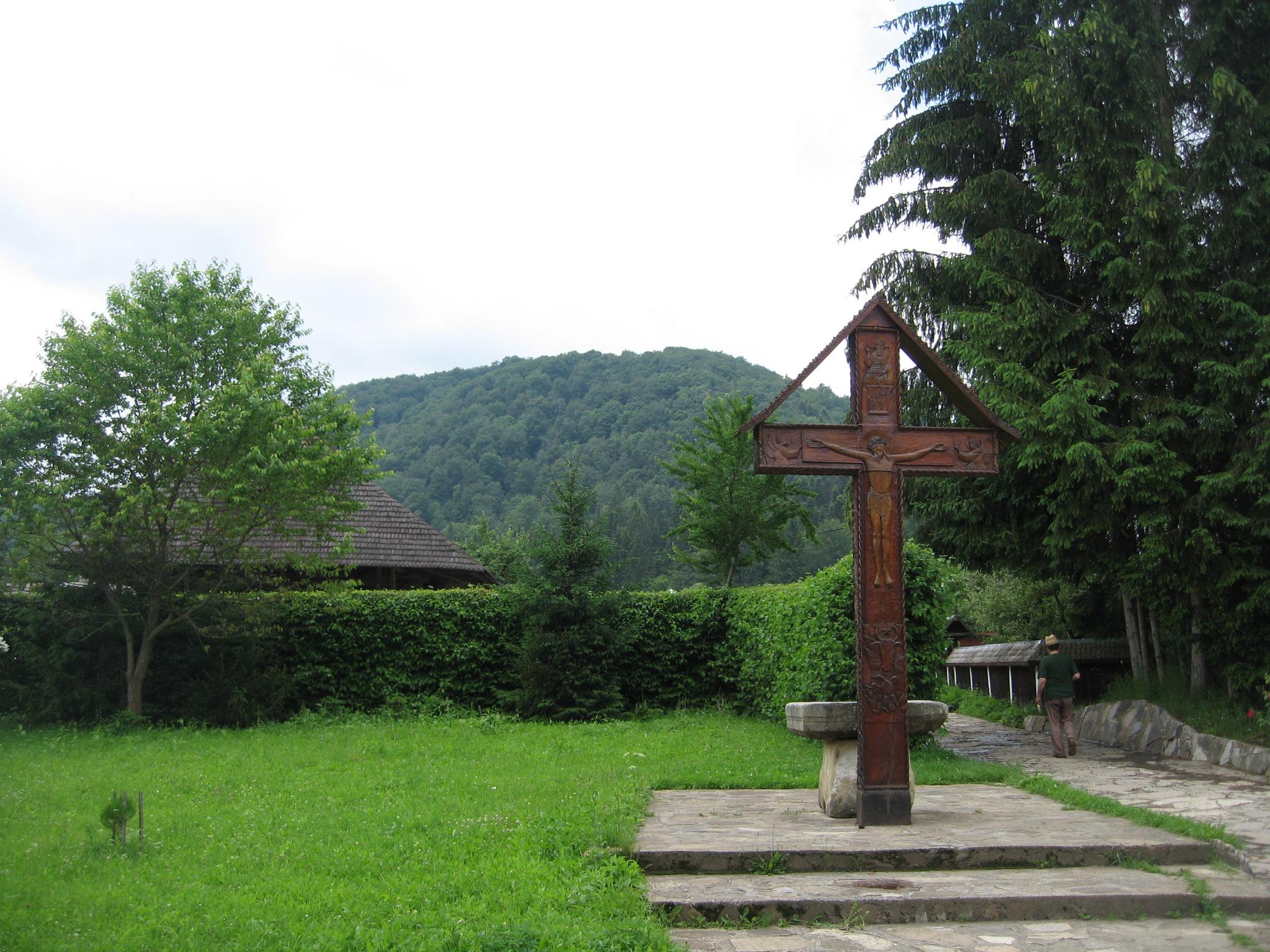 Fişier:Mănăstirea Secu10.jpg