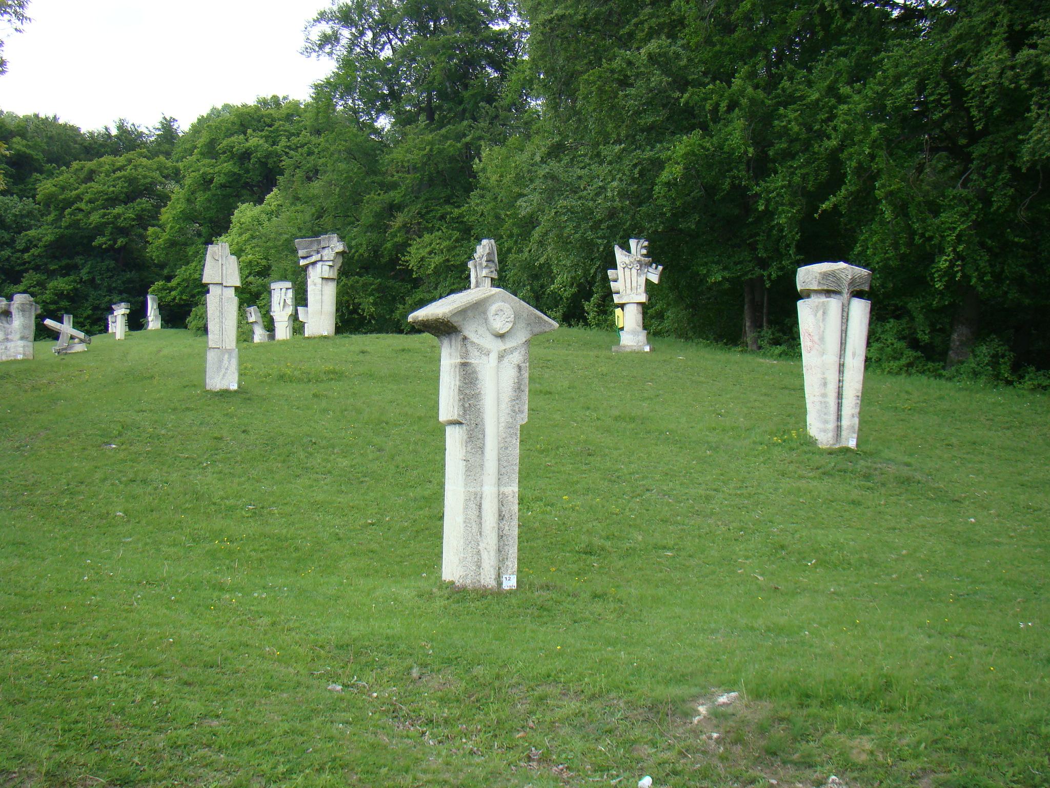 Tabăra de sculptură Măgura - Wikipedia