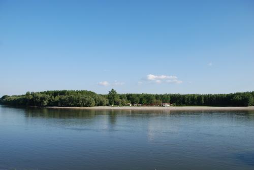 Fişier:Plaja mare calarasi.jpg