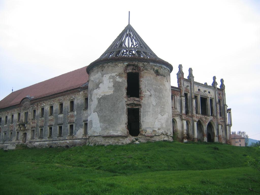 11 Martie Wikipedia: Fișier:Castelul Banffy Bontida (14).jpg
