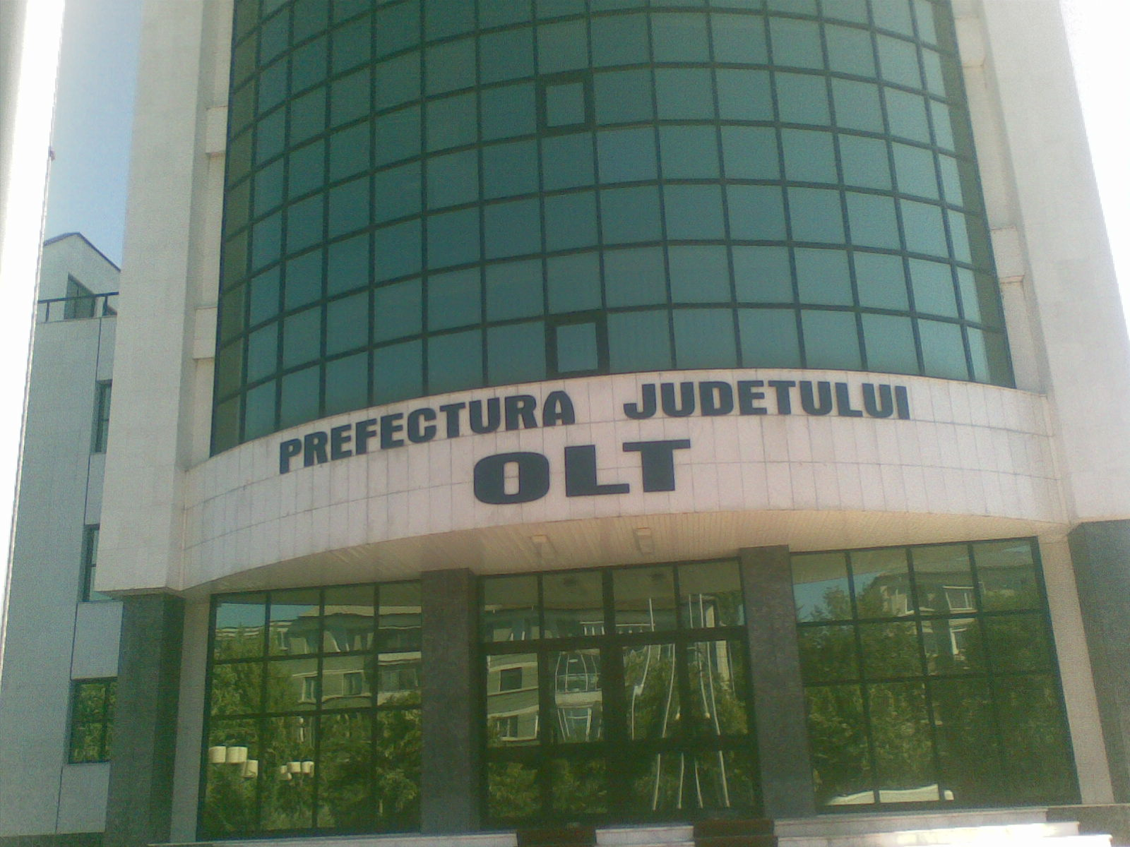 Fişier:Prefectura Judetului Olt.jpg