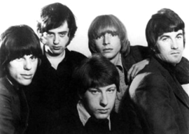 The Yardbirds, 1966. De la stânga: Jeff Beck, Jimmy Page, Chris Dreja, Keith Relf, Jim McCarthy