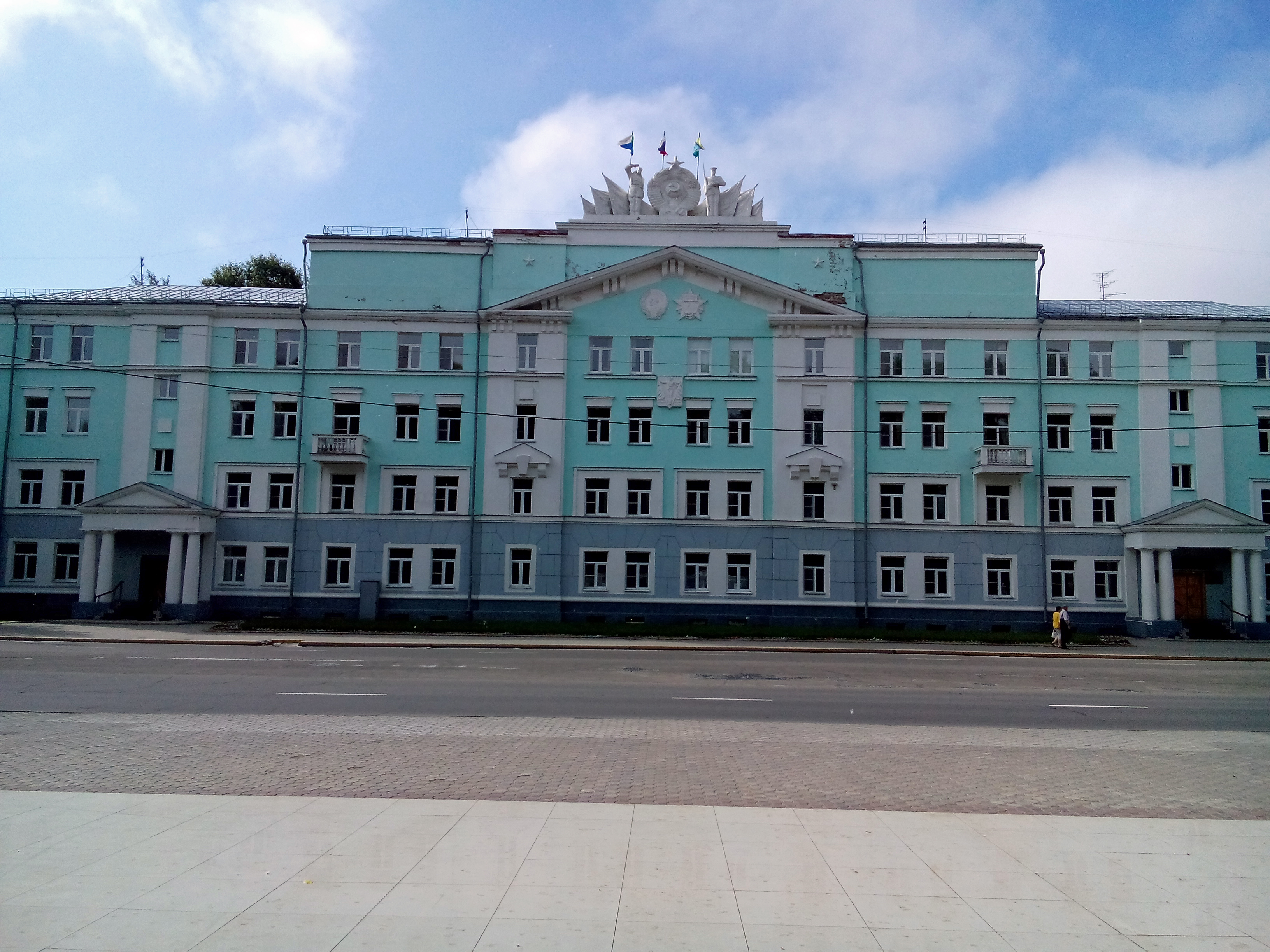 Завод горного машиностроения в Гагарин щековая дробилка чертеж в Уфа