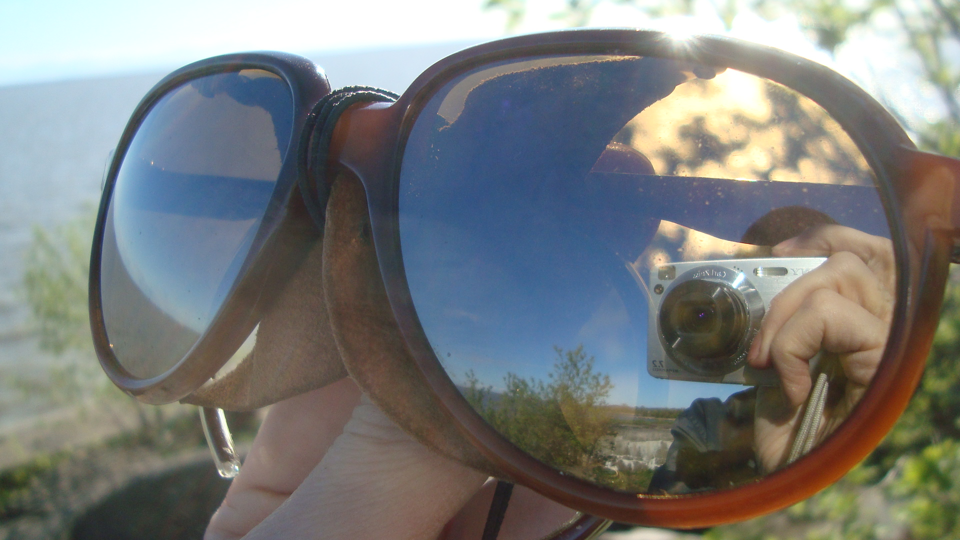 e98b1d237a ... norway ray ban arctic cats mirrored ambermatic b409f 08e9a