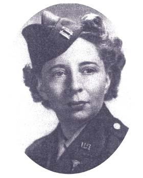 Առաջին կին թռիչքային ծառայողը