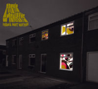 Обложка альбома Arctic Monkeys «Favourite Worst Nightmare» (2007)