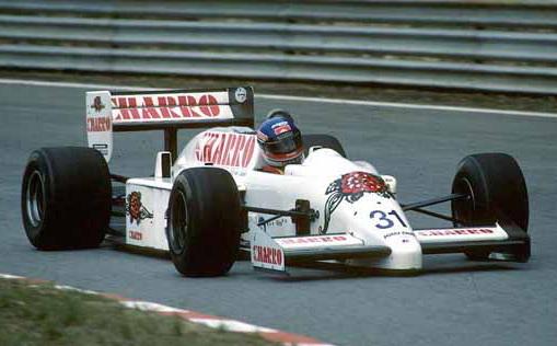 Equipe AGS de Formula 1 de 1986 - by ru.wikipedia.org