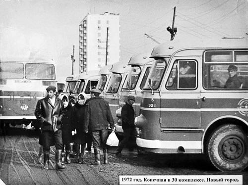 Автобусы на конечной станции в