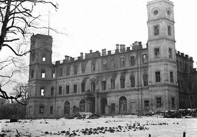 Файл:Gatchina palace. 1944.jpg