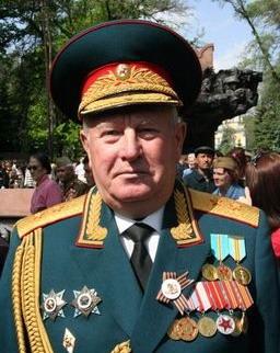 http://upload.wikimedia.org/wikipedia/ru/5/5f/Ryabtsev,_Anatoly_Semyonovich.jpg