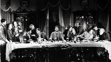 В сцене пира нищих в «Виридиане» пародируется «Тайная вечеря»
