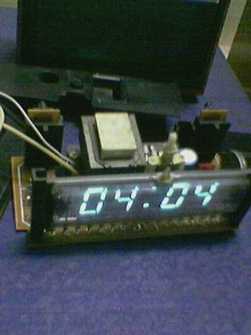 """Содержание 1 Электронные часы 1.1 Настенные часы 1.2 Настольные 1.3 Наруч.  Электронные настенные часы  """"Электроника 7 """"..."""